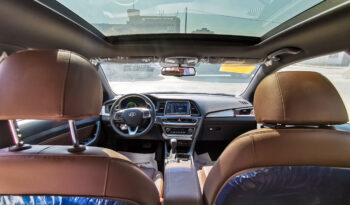 Hyundai Sonata Royal 2018 ممتلئ
